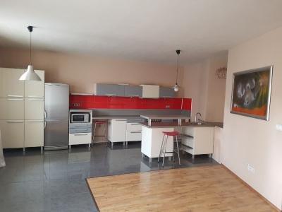 Kuchynská časť