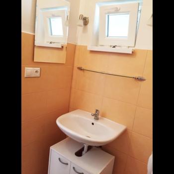 img_dombb-prenajom-ubytovanie-banska-bystrica-img10-350x350.png