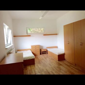 img_dombb-prenajom-ubytovanie-banska-bystrica-img2-350x350.png