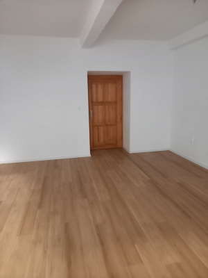 väčšia miestnosť