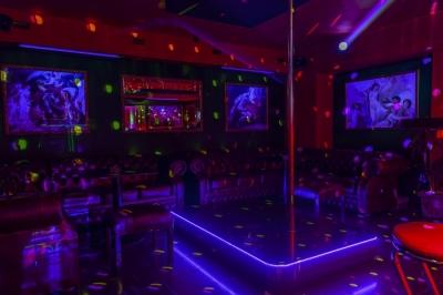 img_Babylon_club_vip_salonik_tyc.jpg